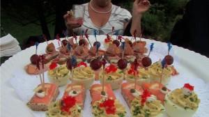 The Arlington Inn serves fabulous food at its weddings